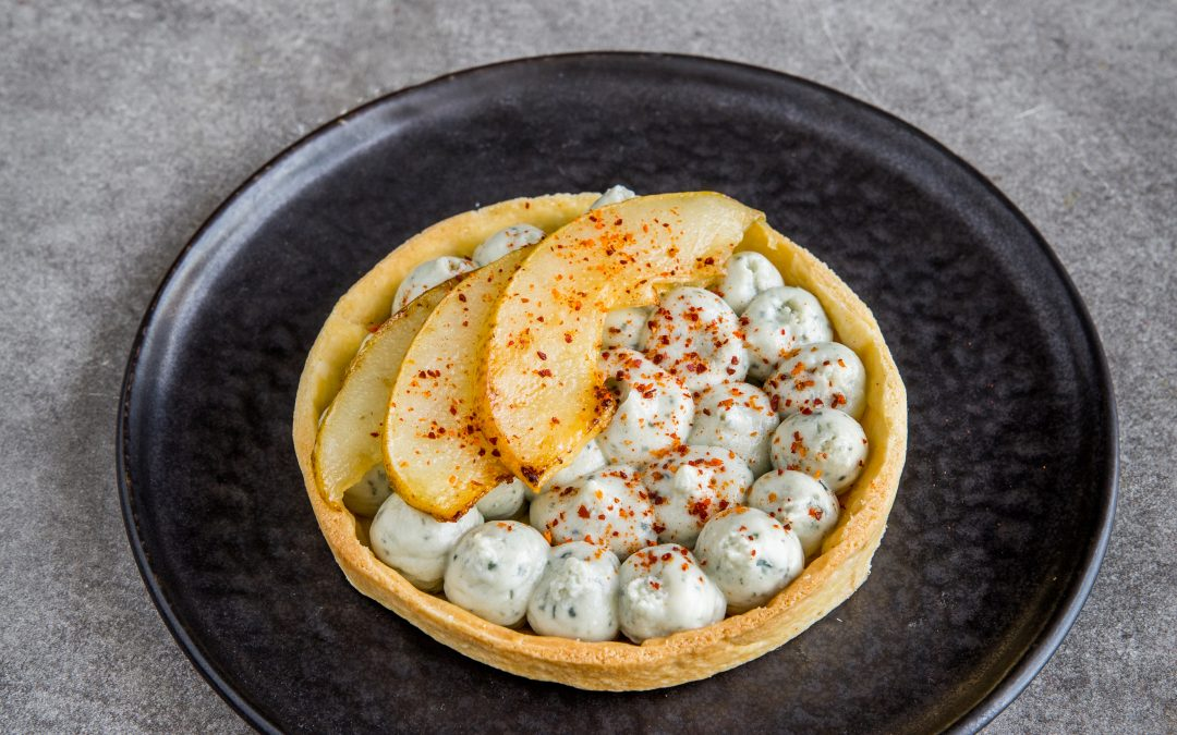 Roquefort cream tart with roasted pear
